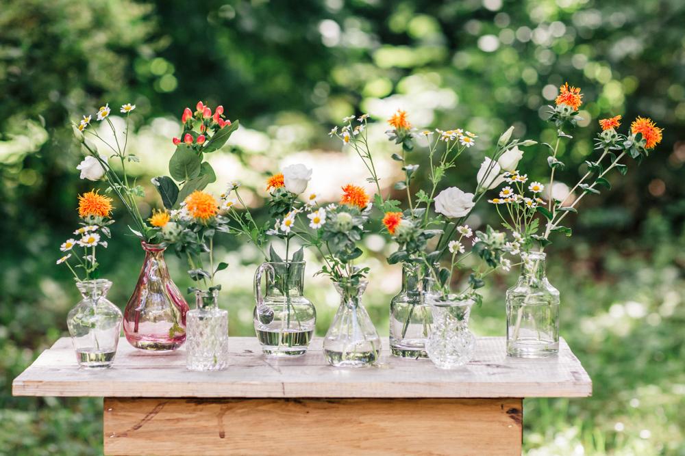 hochzeitsdekoration, hochzeit, dekoration, gläser, blumenvasen