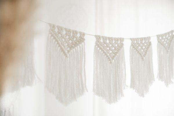 Wimpelkette, Makramee_Wimpelkette, Boho_Design, DEkoleihen, Hochzeitsdekoleihen, Ausgeschmückt, Boho_Wimpelkette