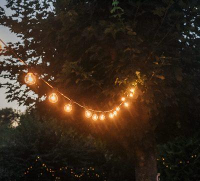 Lichterkette, Retro-Lichterkette, Vintage-Hochzeit, Dekorationsverleih_rostock, hochzeitsverleih_rostock, hamburg, stralsund, dekorationsverleih_stralsund, ausgeschmückt, deko leihen,